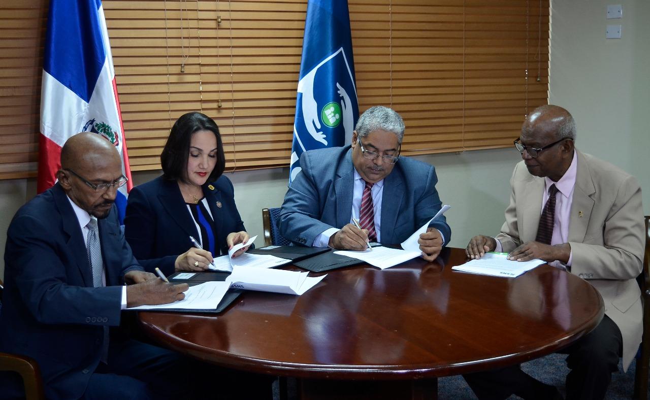 You are currently viewing SNS firma Acuerdo que otorga calidad de veedores a diferentes instituciones