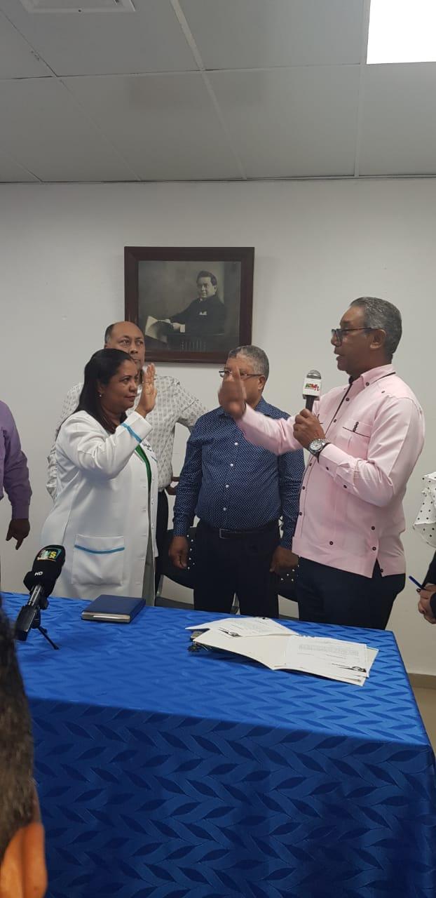 Read more about the article El SRSND Juramenta la nueva Directora del Hospital Provincial Pascacio Toribio