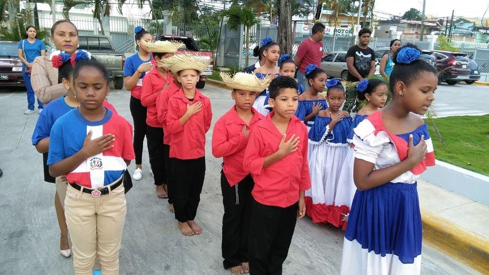 You are currently viewing Hospital Dr. Antonio Yapor Heded Realiza Izamiento de la Bandera En Conmemoración al Trimestre Patrio 2020.
