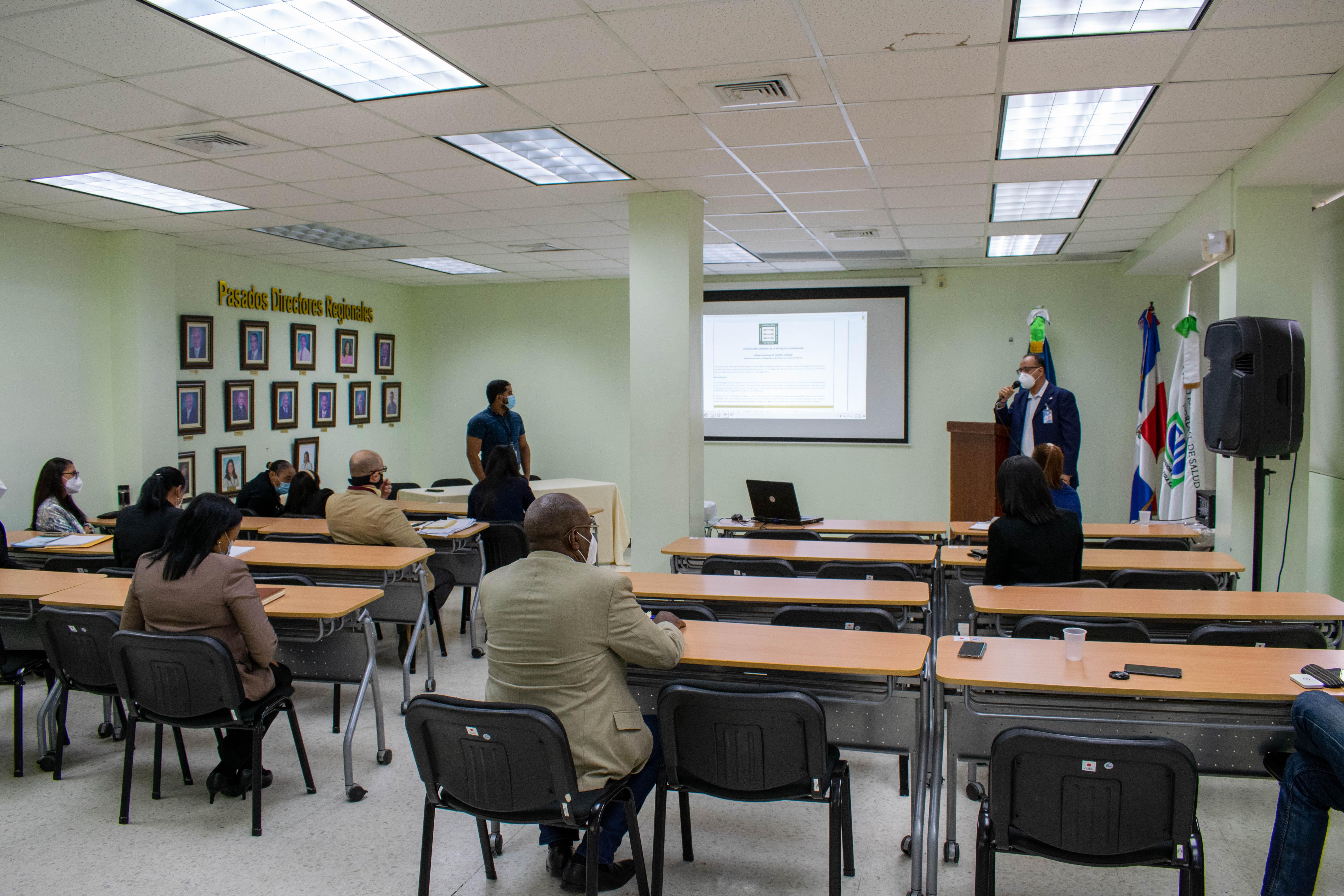 You are currently viewing SRSN presenta Comité Regional Normas Básicas de Control Interno (NOBACI)
