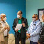 Director del SRSN recibe comisión de la Unión Deportiva provincia Duarte