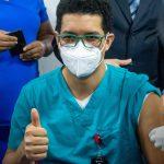 Inician vacunación contra Covid-19 en Duarte