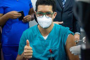 Read more about the article Inician vacunación contra Covid-19 en Duarte
