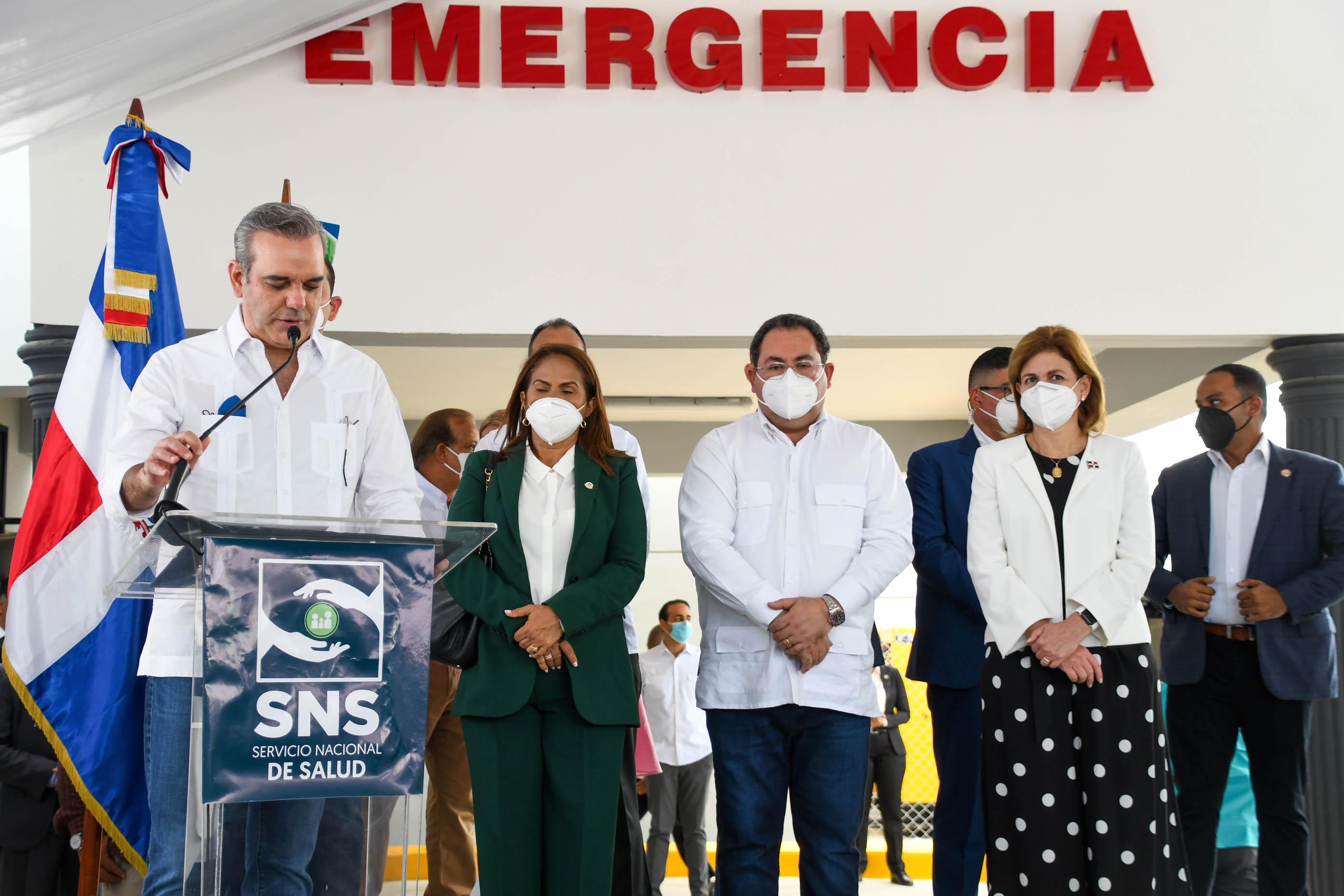 Luis Abinader inaugura Emergencias de dos hospitales en la provincia Duarte