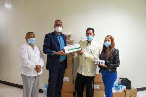 Read more about the article SRSND entrega insumos y medicamentos a hospital San Vicente de Paúl de SFM