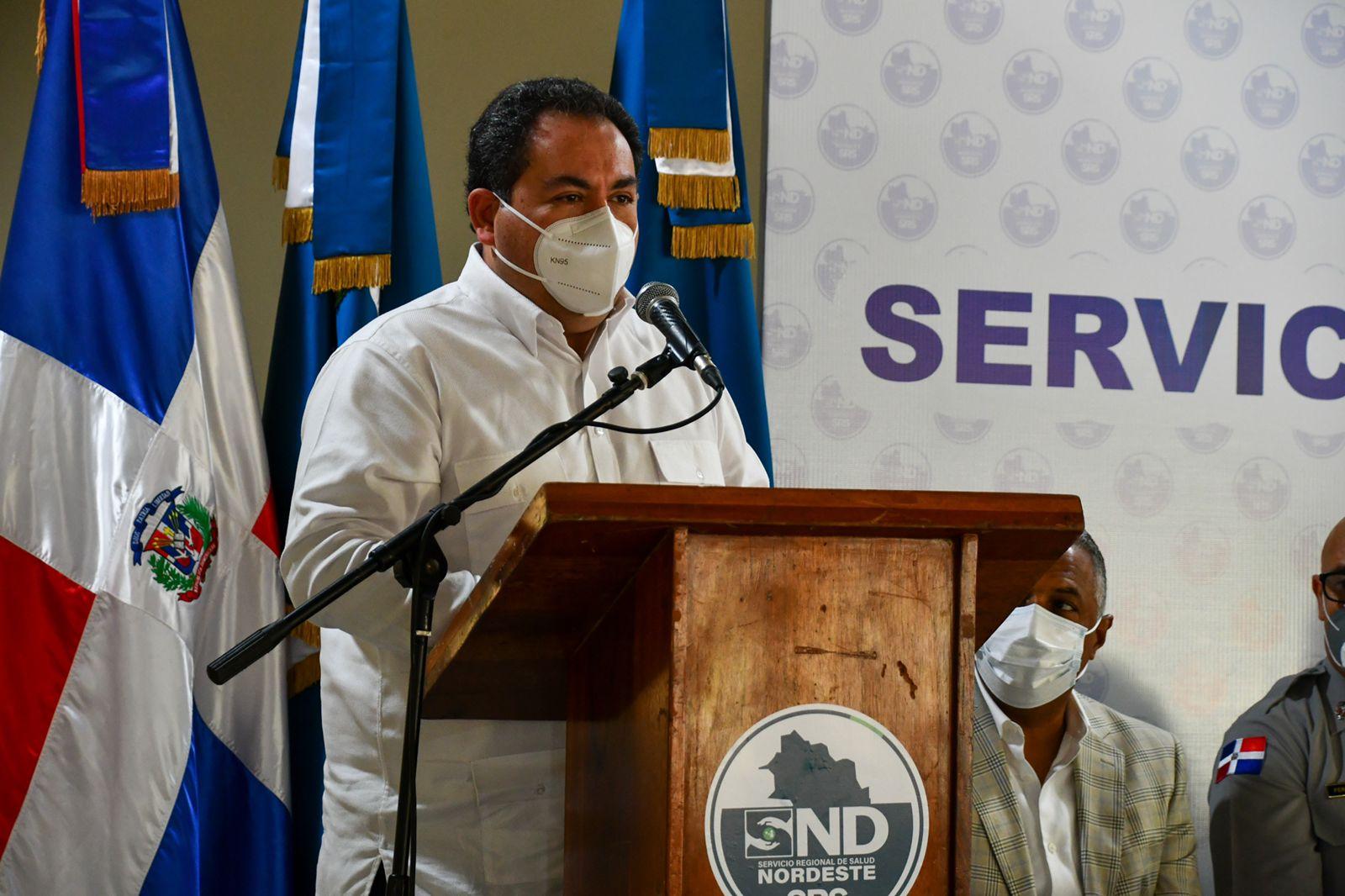 Read more about the article Titular del SNS socializa con directores y personal administrativo de los 22 hospitales de la región Nordeste